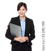 Купить «Businesswoman hold with laptop computer», фото № 33245189, снято 8 апреля 2020 г. (c) PantherMedia / Фотобанк Лори