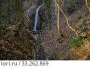 Купить «Краснодарский край, Туапсинский район, водопад на реке Дедеркой», фото № 33262869, снято 18 февраля 2020 г. (c) glokaya_kuzdra / Фотобанк Лори