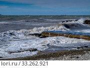 Купить «Краснодарский край, Туапсе, зимний шторм на Чёрном море», фото № 33262921, снято 26 февраля 2020 г. (c) glokaya_kuzdra / Фотобанк Лори