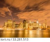 Купить «View of lower Manhattan from Brooklyn», фото № 33281513, снято 21 декабря 2013 г. (c) Elnur / Фотобанк Лори
