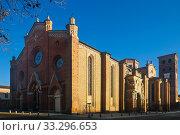 Cathedral of Santa Maria Assunta in Asti, Italy (2017 год). Стоковое фото, фотограф Яков Филимонов / Фотобанк Лори