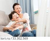Happy mother and son. Стоковое фото, фотограф Яков Филимонов / Фотобанк Лори