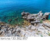 Купить «The rocky coast of Adriatic Sea off coast of Montenegro», фото № 33302957, снято 12 июня 2019 г. (c) Володина Ольга / Фотобанк Лори