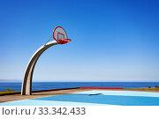 Купить «Angel Gate Park basketball ground Los Angeles», фото № 33342433, снято 16 апреля 2015 г. (c) Сергей Новиков / Фотобанк Лори