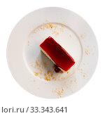 Купить «Classic cheesecake served with sweet berry sauce in cafe», фото № 33343641, снято 6 июля 2020 г. (c) Яков Филимонов / Фотобанк Лори