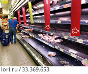 Купить «Inside of grocery supermarket chain during Covid-19 coronavirus», фото № 33369653, снято 13 марта 2020 г. (c) Alexander Tihonovs / Фотобанк Лори