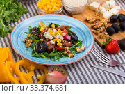 Купить «Ingredients and ready-made salad with rocket», фото № 33374681, снято 22 июня 2018 г. (c) Яков Филимонов / Фотобанк Лори