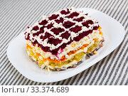 Dressed herring salad. Стоковое фото, фотограф Яков Филимонов / Фотобанк Лори