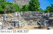 Купить «The Bouleuterion in Ancient Priene ruins, Turkey», фото № 33408337, снято 20 июля 2019 г. (c) Sergii Zarev / Фотобанк Лори