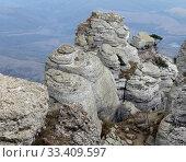 Купить «Крымские горы. Демерджи», фото № 33409597, снято 23 октября 2018 г. (c) EgleKa / Фотобанк Лори