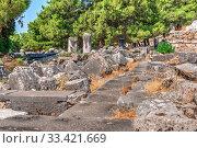 Купить «Ruins of the Ancient city Priene in Turkey», фото № 33421669, снято 20 июля 2019 г. (c) Sergii Zarev / Фотобанк Лори