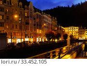 Evening view of the streets of Karlovy Vary. Czech Republic. Стоковое фото, фотограф Яков Филимонов / Фотобанк Лори
