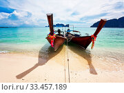 Boats in the tropical sea. Phi Phi island. Thailand. Стоковое фото, фотограф Zoonar.com/Dmitry Kushch / age Fotostock / Фотобанк Лори