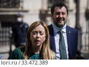 Leader of Fratelli D'Italia party Giorgia Meloni, leader of Lega party Matteo Salvini in front of Palazzo Chigi with journalists after the meeting with the Prime Minister ,Rome, ITALY-01-04-2020. Редакционное фото, фотограф Alessandro Serrano' / AGF/Alessandro Serrano' / / age Fotostock / Фотобанк Лори