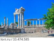 Купить «Temple of Dionysos in the Pergamon Ancient City, Turkey», фото № 33474585, снято 22 июля 2019 г. (c) Sergii Zarev / Фотобанк Лори