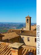 Old houses with tiled roofs in San Marino. Стоковое фото, фотограф Роман Сигаев / Фотобанк Лори