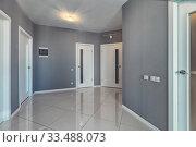 Empty residential house entrance with closed doors. Стоковое фото, фотограф Ольга Сапегина / Фотобанк Лори