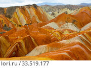 RF-Rainbow Mountains, strata within eroded hills of sedimentary conglomerate and sandstone. Zhangye National Geopark, China Danxia UNESCO World Heritage... Стоковое фото, фотограф Sylvain Cordier / Nature Picture Library / Фотобанк Лори