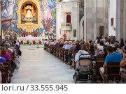 Public worship is in the Basilica of the Royal Marian Shrine of Our Lady of Candelaria. It is a Roman Catholic minor basilica in city. Тенерифе, Канары, Испания (2016 год). Редакционное фото, фотограф Кекяляйнен Андрей / Фотобанк Лори