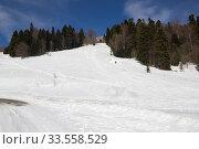 Купить «Beautiful mountains covered with snow. Sunny day and blue sky on a frosty day», фото № 33558529, снято 5 марта 2019 г. (c) Олег Хархан / Фотобанк Лори