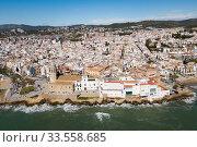 Купить «Aerial view of mediterranean resort town Sitges, Spain», фото № 33558685, снято 26 марта 2018 г. (c) Яков Филимонов / Фотобанк Лори