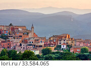 Купить «Hilltop town of Roussillon, Luberon, Provence, France, July 2008.», фото № 33584065, снято 16 июля 2020 г. (c) Nature Picture Library / Фотобанк Лори