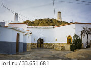 Купить «Cave House, typical accommodation in the region since ancient times. Guadix, Granada, Andalucía, Spain, Europe.», фото № 33651681, снято 9 февраля 2017 г. (c) age Fotostock / Фотобанк Лори