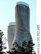 Absolute Towers Mississauga Toronto Marilyn Monroe buildings. Стоковое фото, фотограф Zoonar.com/Mark Duffy / age Fotostock / Фотобанк Лори