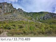Купить «Demerdzhi Ghost Valley», фото № 33710489, снято 26 сентября 2019 г. (c) Александр Карпенко / Фотобанк Лори