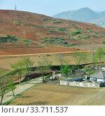 Купить «North Korea. Countryside», фото № 33711537, снято 5 мая 2019 г. (c) Знаменский Олег / Фотобанк Лори