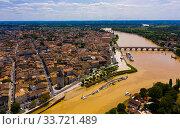 Купить «Panoramic view from the drone on the city Libourne. Confluence of the river Ile and Dordogne. France», фото № 33721489, снято 18 июля 2019 г. (c) Яков Филимонов / Фотобанк Лори