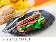 Sandwich. Стоковое фото, фотограф Zoonar.com/Yana Gayvoronskaya / age Fotostock / Фотобанк Лори