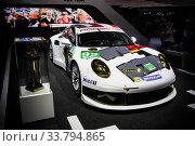 Купить «Porsche 911 (991)», фото № 33794865, снято 15 сентября 2013 г. (c) Art Konovalov / Фотобанк Лори