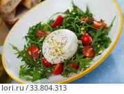 Купить «Salad with Italian cheese burrata», фото № 33804313, снято 26 мая 2020 г. (c) Яков Филимонов / Фотобанк Лори