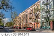 Купить «Old historic house in Odessa, Ukraine», фото № 33804641, снято 3 мая 2020 г. (c) Sergii Zarev / Фотобанк Лори