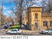 Купить «Old historic house in Odessa, Ukraine», фото № 33837713, снято 17 марта 2020 г. (c) Sergii Zarev / Фотобанк Лори