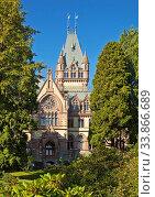 Купить «Schloss Drachenburg, Siebengebirge, Koenigswinter, Nordrhein Westfalen, Deutschland, Europa», фото № 33866689, снято 2 июня 2020 г. (c) age Fotostock / Фотобанк Лори