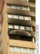 Burnt out flat, Stratford, Newham, London. Стоковое фото, фотограф Alex Bartel / age Fotostock / Фотобанк Лори