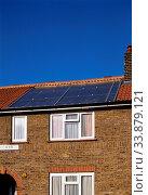 Experimental Solar Panels, Canning Town, Newham, London, England. Стоковое фото, фотограф Alex Bartel / age Fotostock / Фотобанк Лори