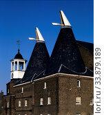 Three Mills, Stratford, Newham, London, England. Стоковое фото, фотограф Alex Bartel / age Fotostock / Фотобанк Лори
