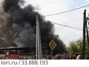 Пожар на складе. Редакционное фото, фотограф Андрей Чабан / Фотобанк Лори