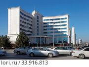 Купить «Ashgabat, Turkmenistan - October 15, 2014: Modern architecture of Ashgabat. View on the new building. Ashkhabad. Turkmenistan in October 15, 2014.», фото № 33916813, снято 15 октября 2014 г. (c) age Fotostock / Фотобанк Лори