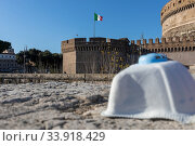 Купить «Rome, Italy - March 11, 2020: The city empties itself of tourists and people, the streets and main places of the capital remain deserted due to the coronavirus...», фото № 33918429, снято 11 марта 2020 г. (c) age Fotostock / Фотобанк Лори