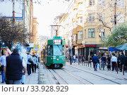 Old tram on the Bulgarian streets (2018 год). Редакционное фото, фотограф Nataliia Zhekova / Фотобанк Лори