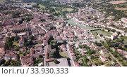 Купить «Panoramic aerial view of Condom city on Baise river on sunny summer day, Gers, France», видеоролик № 33930333, снято 19 июля 2019 г. (c) Яков Филимонов / Фотобанк Лори
