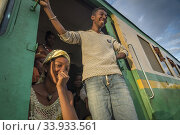 The train at station railways between Sahambavy and Fianarantsoa, Madagascar. (2018 год). Редакционное фото, фотограф Josep Blanch Busom / age Fotostock / Фотобанк Лори