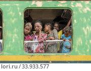 The train at Sahambavy station, railways between Sahambavy and Fianarantsoa, Madagascar. (2018 год). Редакционное фото, фотограф Josep Blanch Busom / age Fotostock / Фотобанк Лори