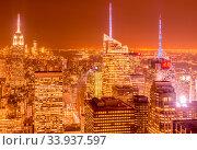 Купить «New York - DECEMBER 20, 2013: View of Lower Manhattan on Decembe», фото № 33937597, снято 20 декабря 2013 г. (c) Elnur / Фотобанк Лори