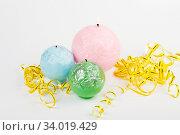 Купить «Decorative Handmade candles in the shape of a sphere», фото № 34019429, снято 29 января 2016 г. (c) Nataliia Zhekova / Фотобанк Лори