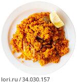 Купить «Seafood paella with lemon», фото № 34030157, снято 6 июля 2020 г. (c) Яков Филимонов / Фотобанк Лори